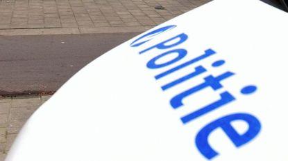 Politie waarschuwt voor verkoper van potten en pannen