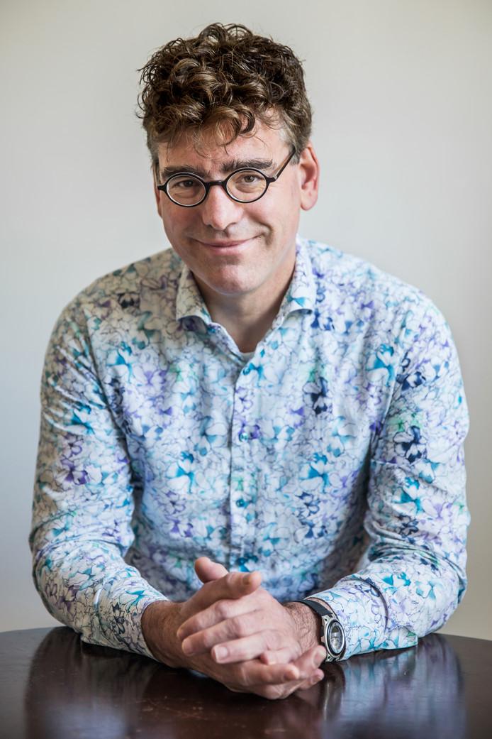 Wiskundige & cultureel antropoloog Jan van de Beek © AD/Shody Careman
