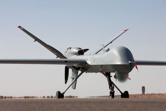 De MQ-9 Reaper, op een vliegbasis in de Amerikaanse staat New Mexico, wordt voorzien van een landingsgestel van het Helmondse Fokker Landing Gear.