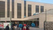"""729 leerlingen beginnen op nieuwe WICO Juniorcampus: """"Veel lachende gezichten onder mondmaskers"""""""