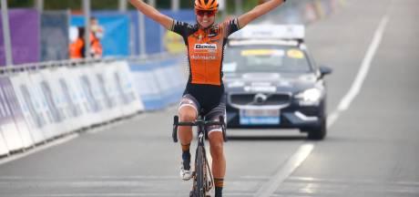 Tour des Flandres: Chantal van den Broek-Blaak s'impose en solitaire chez les dames
