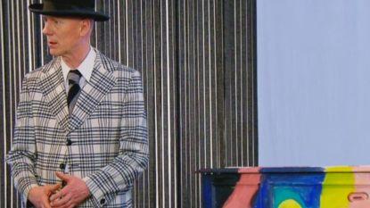 Herr Seele verrast in 'Stukken van Mensen' met Rolls Royce onder de piano's