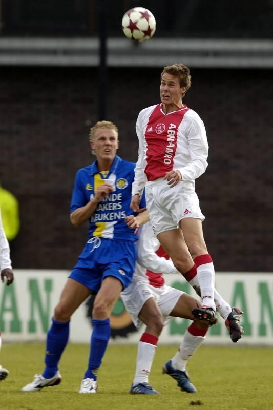 Niklas Moisander keert terug bij Ajax. Hij speelde ook tussen 2004 en 2006 in de Arena. Zoals op de foto van 9 mei 2005 tegen Jong RKC. © pro shots.