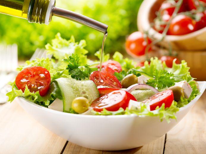 Salades zijn heerlijk maar de kant-en-klare versie zorgt voor nieuwe ziekten.