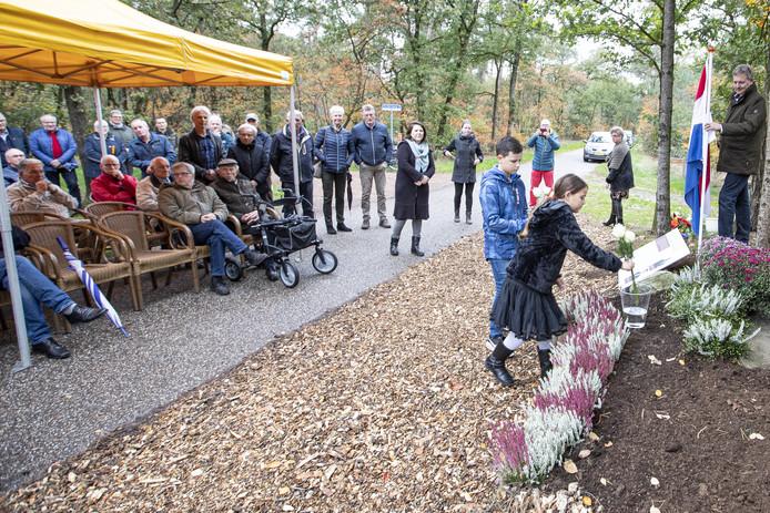 De jaarlijkse herdenking bij het Stevensmonument was dit jaar wat specialer dan anders, omdat Marinus Stevens exact 75 jaar geleden werd doodgeschoten.