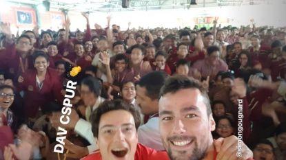 """Red Lions op het WK hockey in India als ware helden onthaald door 2.000 uitzinnige schoolkinderen: """"Ongelooflijk, iedereen is hier zo gepassioneerd"""""""