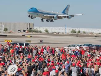 Trump legt kritiek naast zich neer en houdt grote rally in Arizona