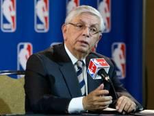 L'ex-patron de la NBA David Stern opéré d'urgence