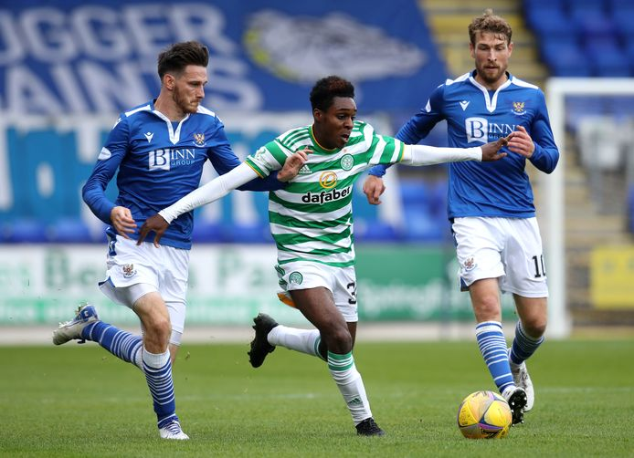 Jeremie Frimpong in actie namens Celtic.