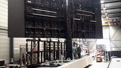 Grootste mobiele scherm ter wereld in opbouw