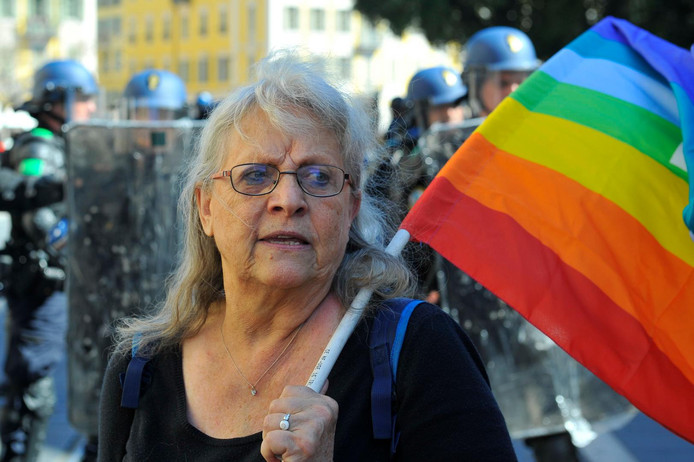 Genevieve Legay porte parole de l ONG altermondialiste ATTAC des Alpes-Maritimes.