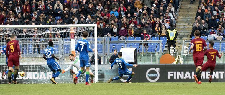 Lorenzo Pellegrini opent de score.