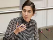 """Zuhal Demir va """"coavionner"""" jusqu'à la COP25: """"Ridicule"""", réagit Anuna De Wever"""