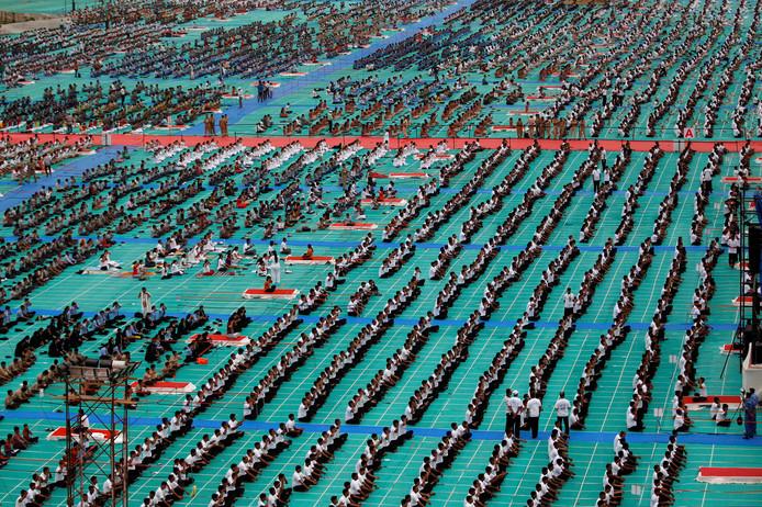 Dat zijn nog eens veel mensen! Ahmedabad in India.