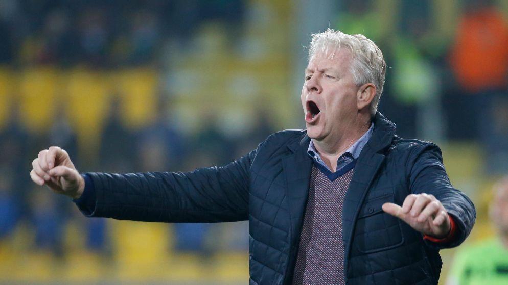 Opnieuw 'mannetje van Veljkovic' in de cel: Lokeren-coach Peter Maes opgepakt in onderzoek naar fraude in voetbal