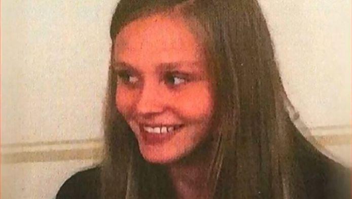 De 17-jarige Anneli-Marie werd ontvoerd toen ze met haar hondje op wandel was.