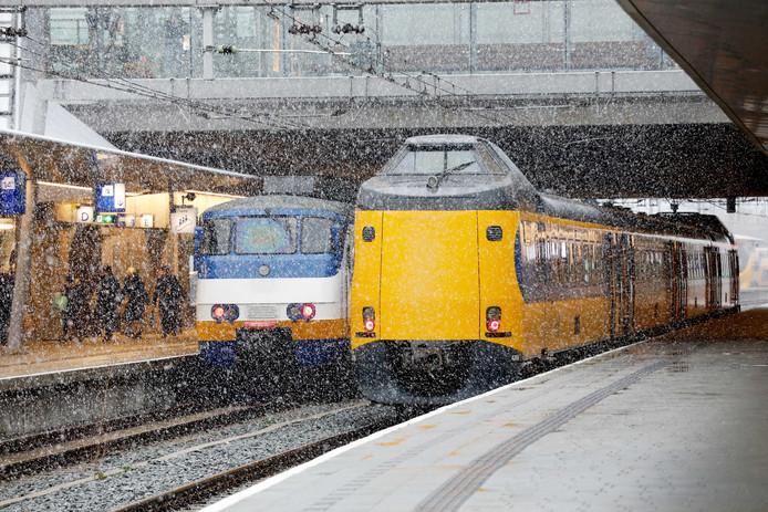 De Nederlandse Spoorwegen willen meedingen naar de exploitatie van regionale spoorlijnen.