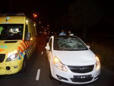 Voetganger zwaargewond bij botsing met auto in Waalwijk