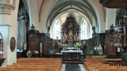 """Restauratie kerk Belsele van start: """"Eén van de oudste dakgebinten in Vlaanderen"""""""