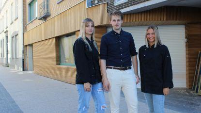 """IJssalon FSTVL opent nieuwe vestiging in Aalter: """"Plezier proef je hier"""""""