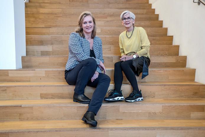 Wethouders Hatte van der Woude (links) en Karin Schrederhof: ,,We hebben onze ideeën bewust in een heel vroeg stadium kenbaar gemaakt om iedereen mee te laten denken.''