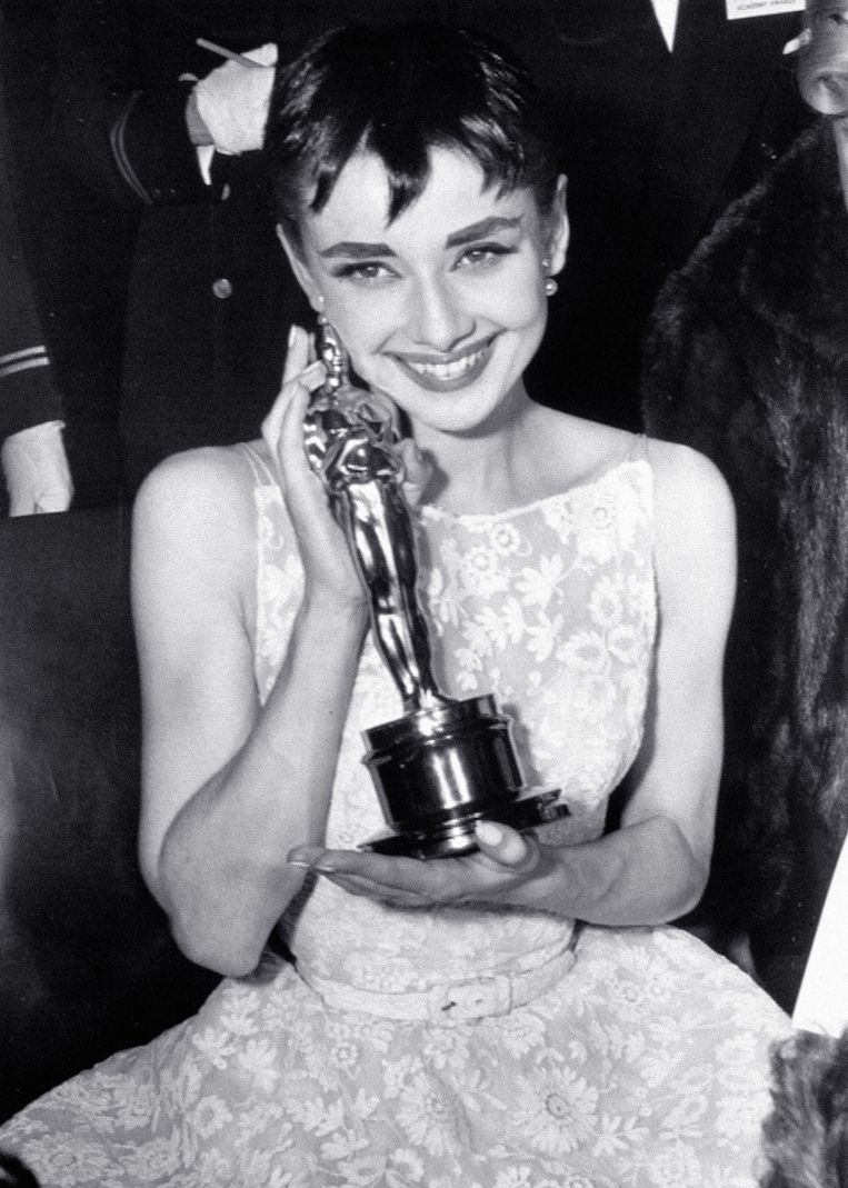 Audrey Hepburn in Givenchy (1954) The 15 most memorable dresses from the history of the Oscars