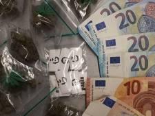 Grote hoeveelheid geld en drugs gevonden in Spijkenisse