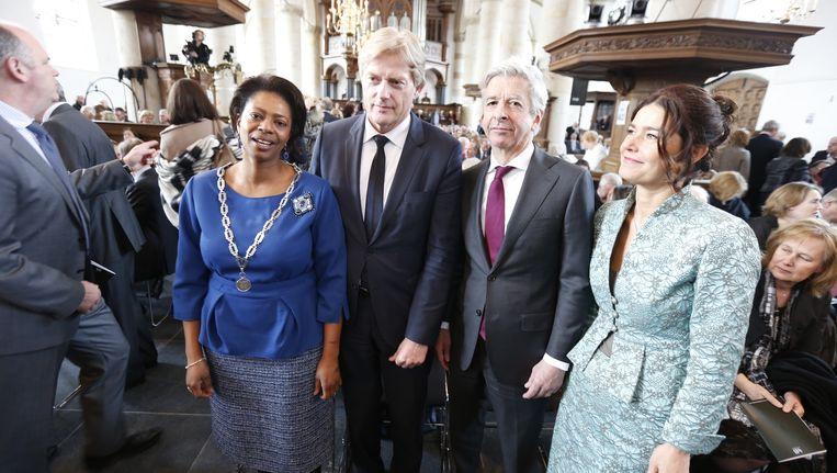 Joyce Sylvester links op de foto, bij de uitvoering van de Matthäus-Passion bij in de Grote Kerk in Naarden Beeld ANP