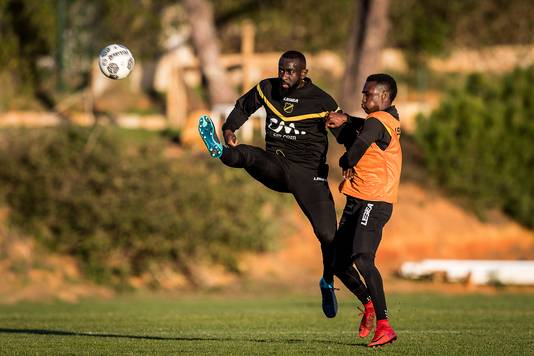 Chiro Ntoko met NAC in Portugal op trainingskamp.