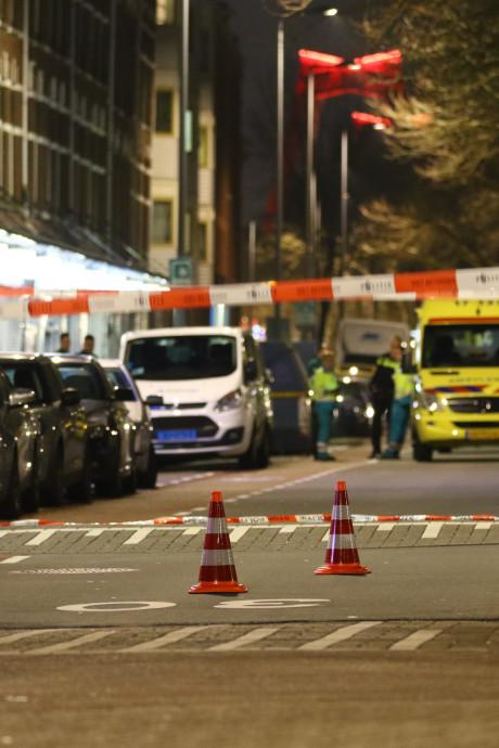 Man overleden na schietpartij op straat in Rotterdam