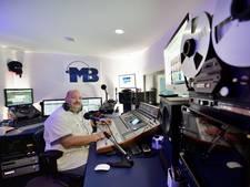 Ettenaar Michiel Bouwmeester viert eerste lustrum met Universe Radio