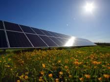 Nieuw zonnepark met 5700 panelen levert energie voor Randstadrail 3 en 4