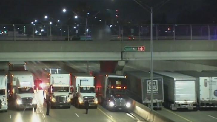 Truckers redden suïcidale man
