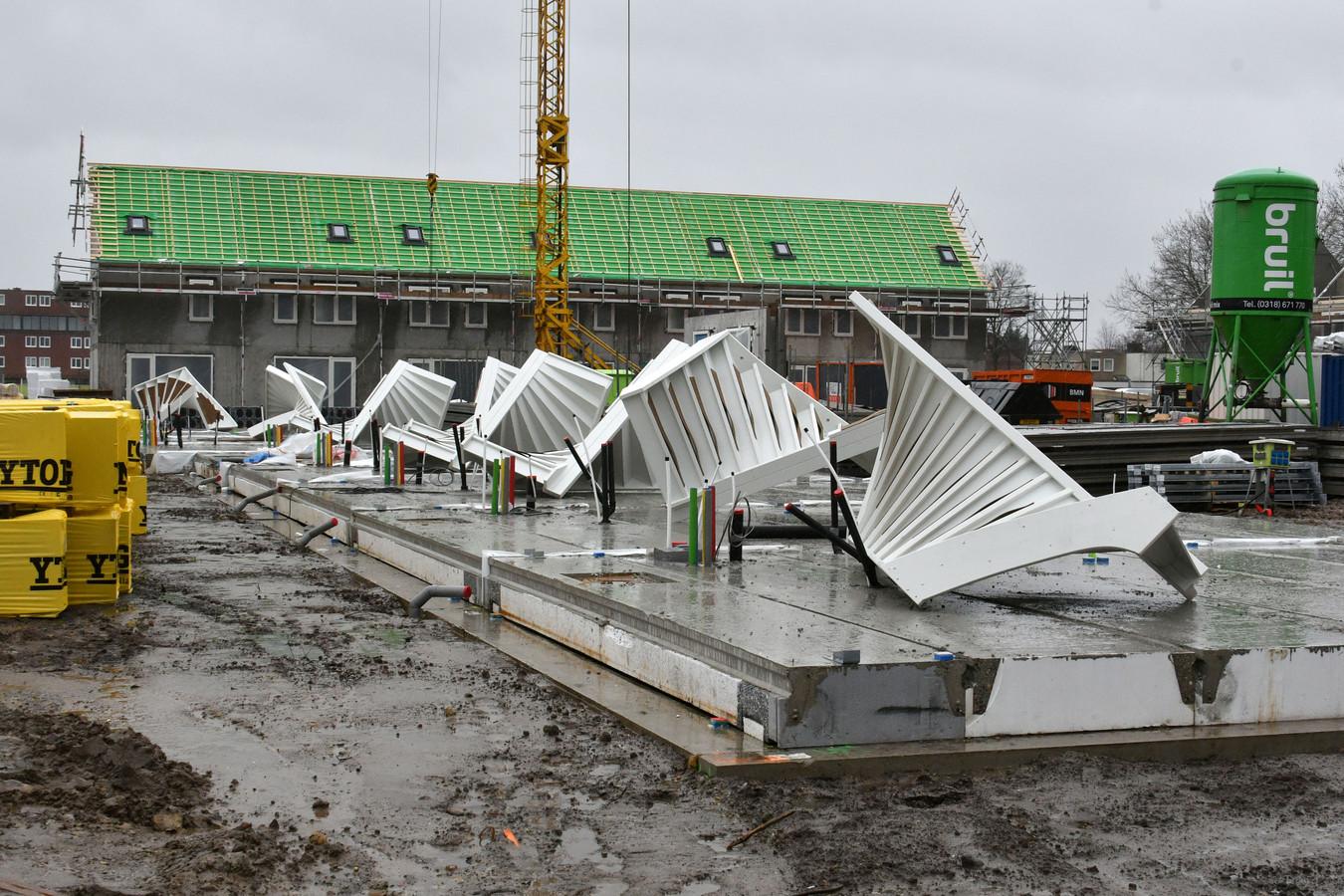 De nieuwe Hengelose Es in wording: trappen liggen klaar om ingebouwd te worden.