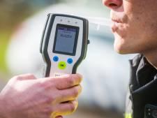 Kabinet wil meer beroepsgroepen testen op alcohol, drugs of zware medicijnen