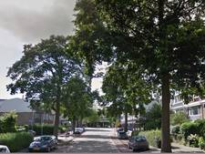 Vrouw steekt man in arm in Amstelveen