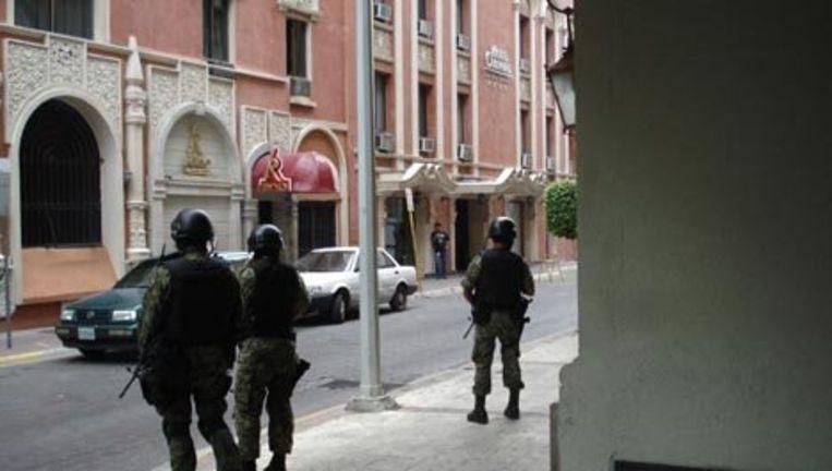 Sinds president Felipe Calderón eind 2006 de drugskartels de oorlog verklaarde, zijn meer dan 28.000 mensen in Mexico door geweld dat met de drugshandel te maken had, omgekomen. Foto GPD Beeld