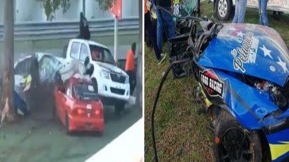 Haar wagen in twee stukken gereten, door de lucht geslingerd en toch komt autopilote goed weg na vreselijke crash