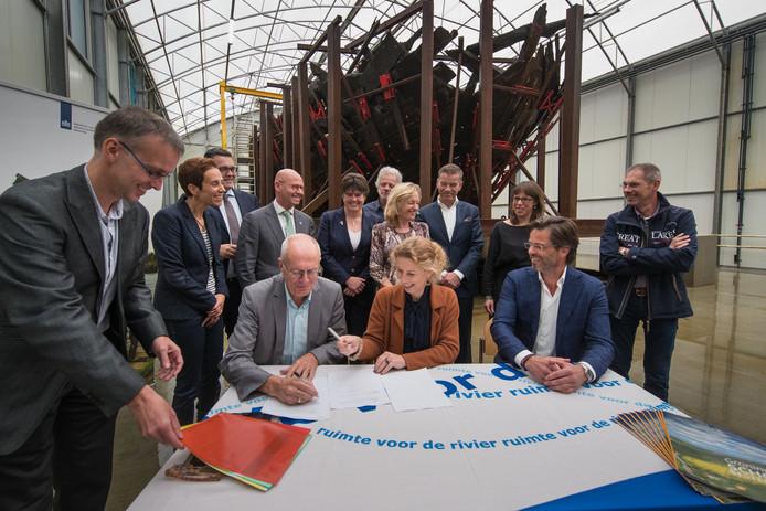 Eind 2017 werd het conserveringsbesluit voor de IJsselkogge ondertekend. Dat betekent ook dat de IJsselkogge over zes jaar terugkeert naar Kampen ter expositie.