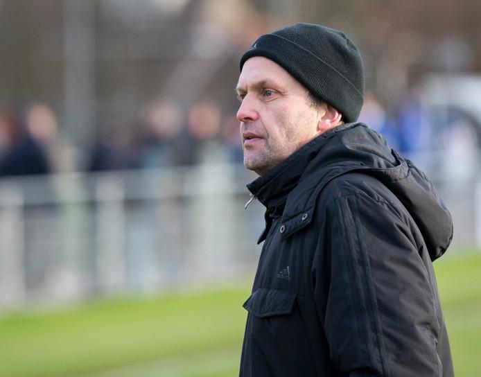 Erwin de Nijs, trainer van Halsteren.