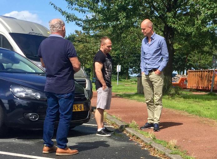 Yuri van Gelder dinsdag bij een tankstation langs de A2.