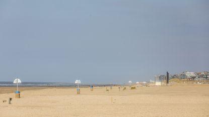 """Dagje naar het strand van De Panne? """"Baken zelf je zone af met een stuk touw van exact 16 meter"""""""