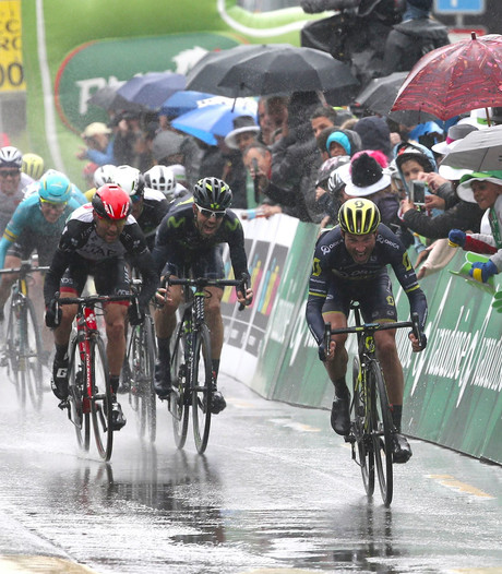 Tweede etappe Ronde van Romandië korter door sneeuw en kou