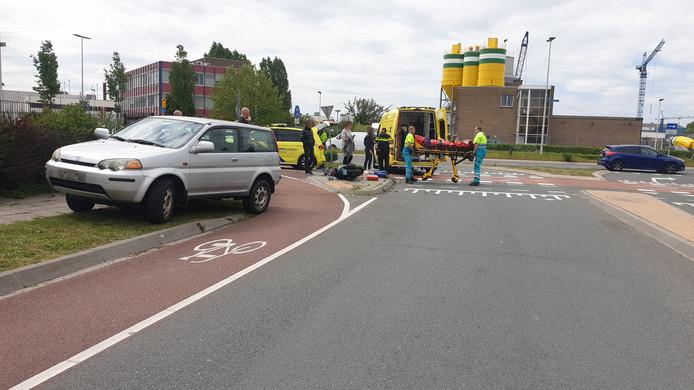 Een ongeval op de hoek van Energieweg en Wolfskuilseweg in mei 2019, waarbij een scooterrijder zijn been brak. Ook in augustus en november werden scooterrijders aangereden door afslaande automobilisten.