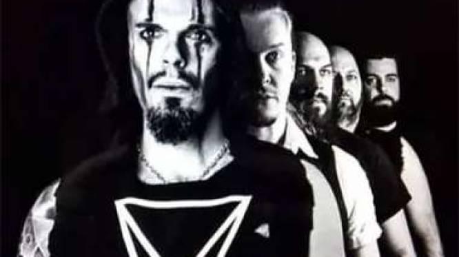 """Metalband Powerstroke pakt op nieuwe plaat uit met gastoptredens van Stef Bos en Slongs: """"Laten ons ook in coronatijden niet in hokjes duwen"""""""