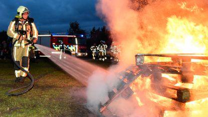 """Brandweerman hangt helm aan de haak na carrière van 33 jaar: """"Echte vriendschappen aan over gehouden"""""""