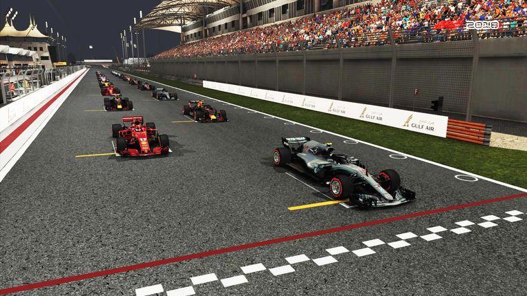 Screenshot uit F1 2018 - De startgrid, deze keer wel op de pole.