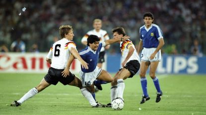 """Ref van WK-finale in 1990 haalt keihard uit naar Maradona: """"Één van de minst aangename mensen die ik ooit tegenkwam"""""""