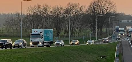 'Rijkswaterstaat, hou verkeer uit Moergestel bij ongeluk op A58'