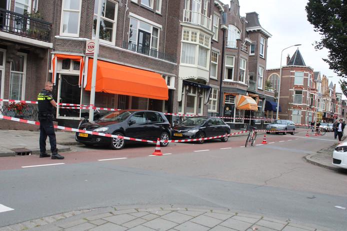 De plaats delict werd na de mishandeling door de politie afgezet.